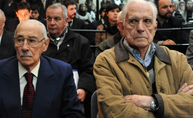Argentina junta leaders jailed for baby thefts