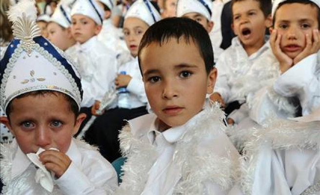 Austrian justice ministry gives ok for circumsions