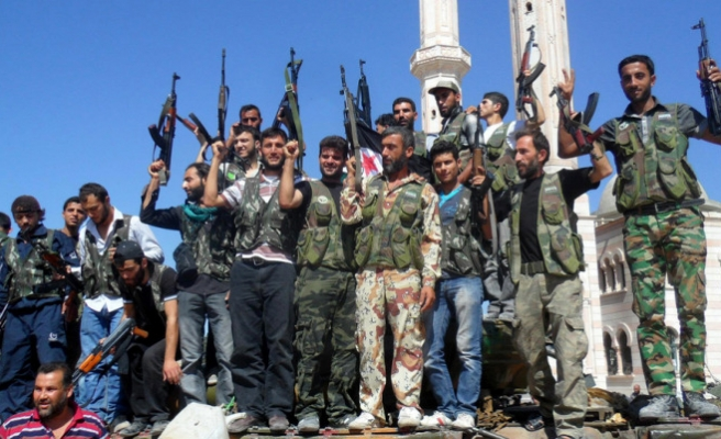 Al-Nusra detains 150 Free Syrian Army fighters -report