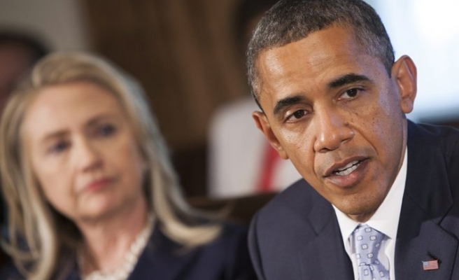 Clinton recalls disagreements with Obama in book