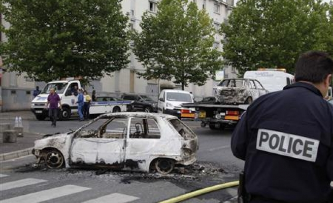 Heavy police presence in French riot city