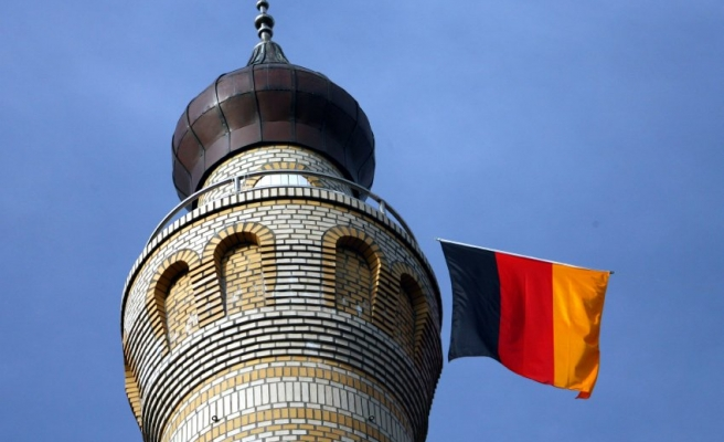 Four mosques attacked in Germany in 10 days