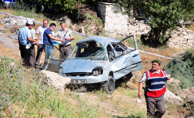 Two Turkish athletes killed in car accident