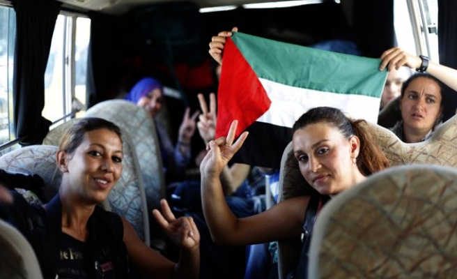 Egypt to deport foreign activists trying to enter Gaza