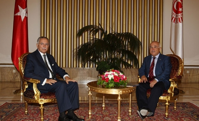 Turkish parliament speaker meets OIC chief