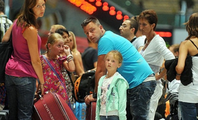 Turkey welcomes more foreign visitors