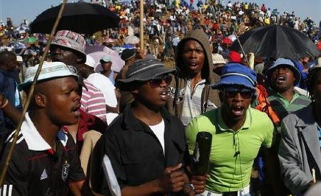 Workers on illegal strike at chrome mine in S.Africa
