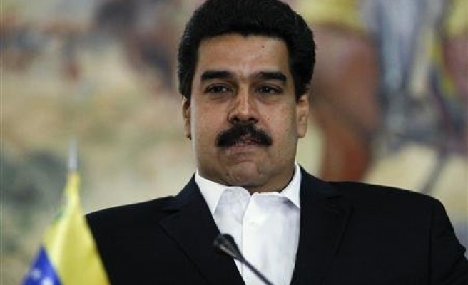 Venezuela's Maduro sees popularity drop to 39 percent
