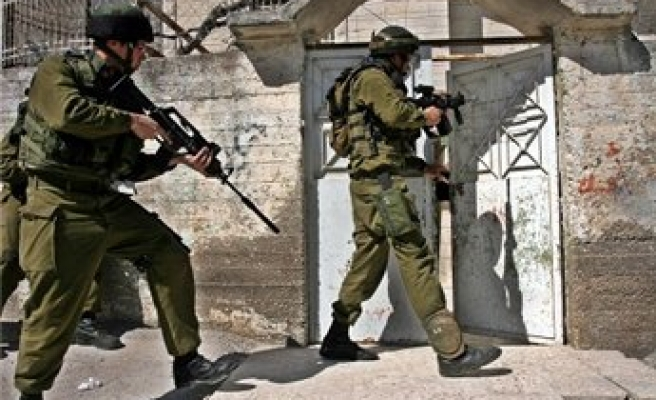 Israel conducts more raids, arrests in West Bank