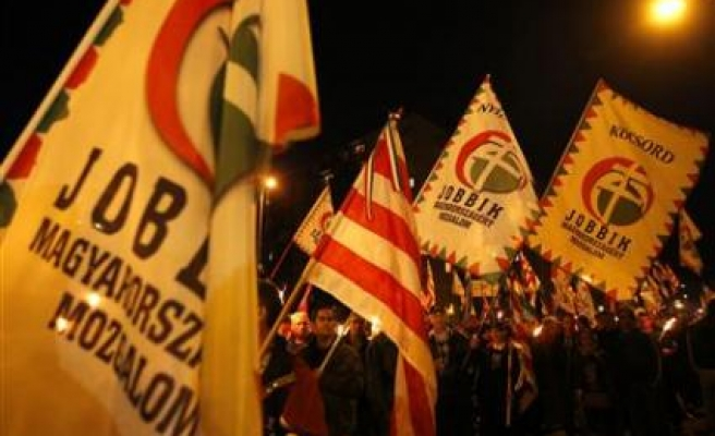 Rival rallies mark anti-Soviet uprising in Hungary