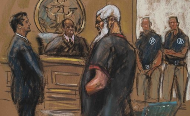 Abu Hamza claims he was helping Yemen hostages in trial