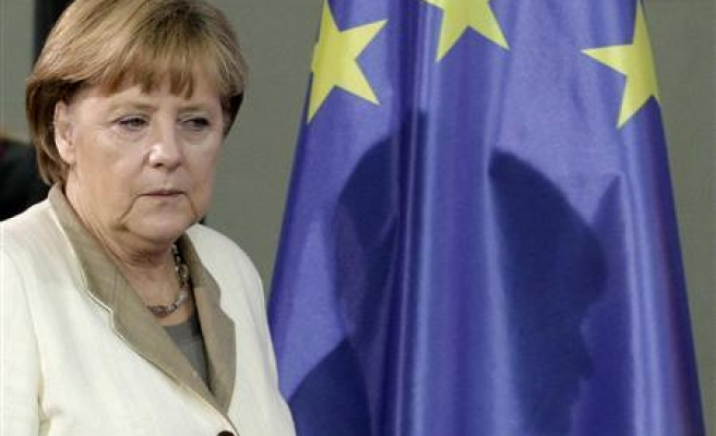 German economy to pick up, fall short of traditional pace