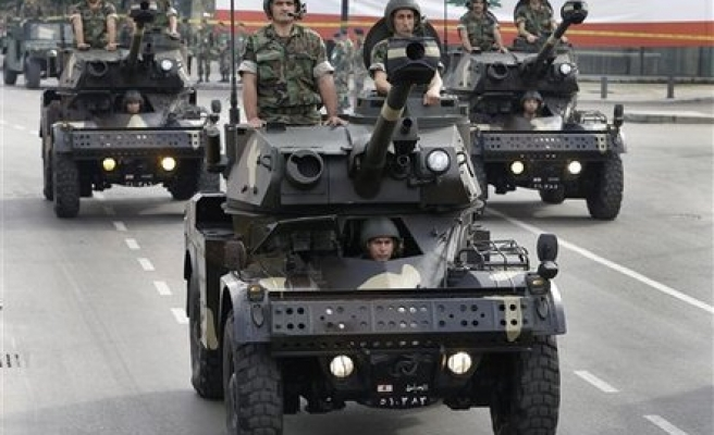 Lebanon extends term of the army chief