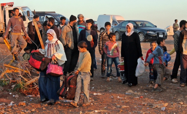 More than 700,000 Syrians fled: UNHCR