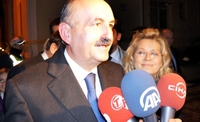 Muezzinoglu new Turkish Health Minister