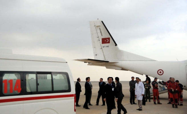 10 wounded Iraqis brought to Turkey for medical treatment
