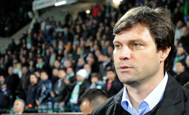 Two major Turkish clubs lose managers