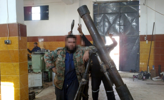 FSA produce their own howitzer and bullets