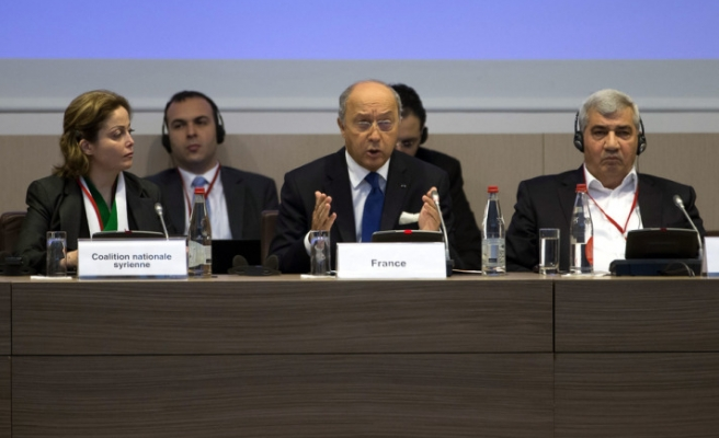 Syrian opposition demands heavy weapons