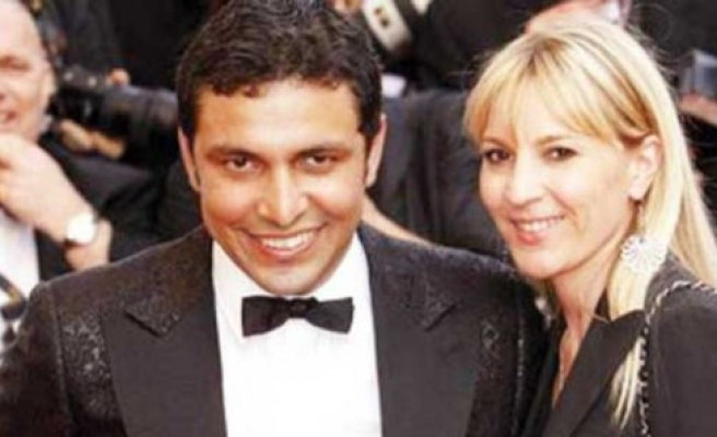 Daughter of world famous Armenian singer becomes Muslim