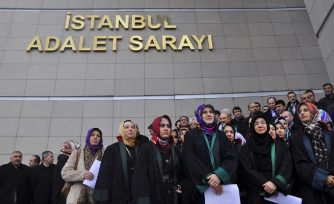 Headscarves to be accepted for bar registry