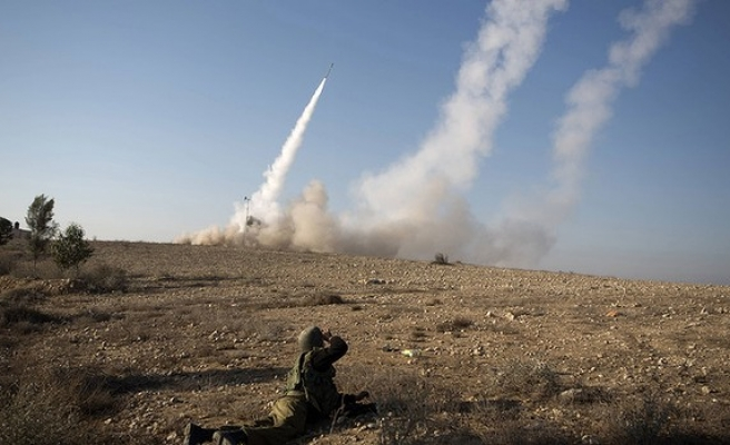 General says Israel will smash Syria's arsenals