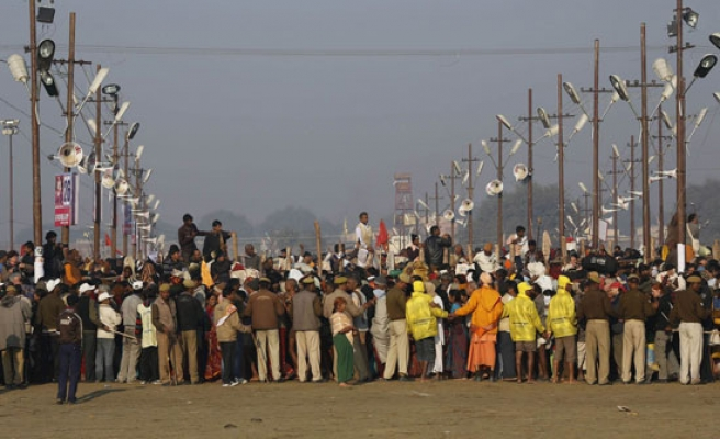 At least 36 Hindus killed in India stampede