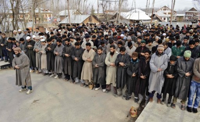Three Kashmiri boys killed after India hanging protests