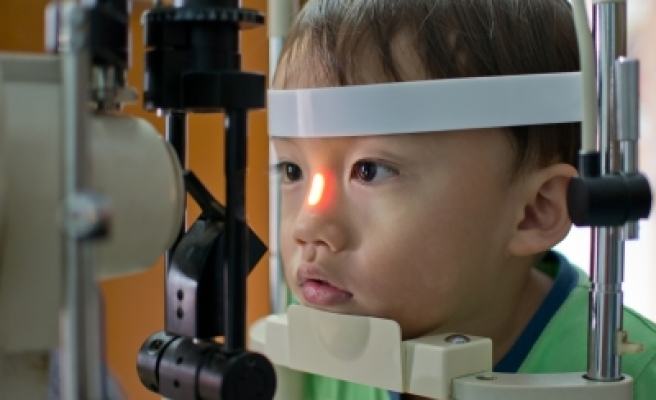 Nearsighted children may get worse in winter: study