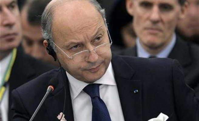 France says to miss 2013 deficit goal