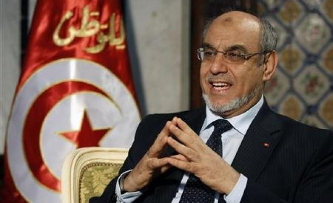 Tunisia PM may form new govt or quit Saturday