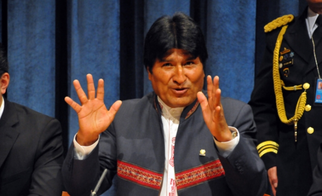 Bolivia's Morales says was unable to see Chavez in Venezuela