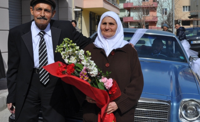 Married Turks happier than single ones, study shows