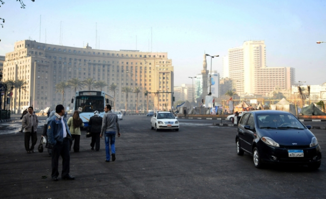 Tahrir Square re-opens for traffic flow