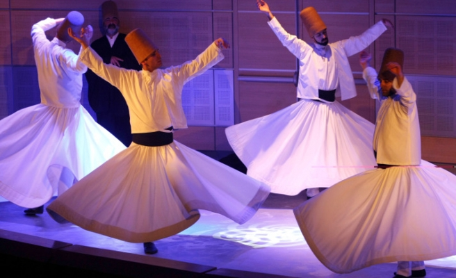Turkish whirling dervishes performed in Lebanon