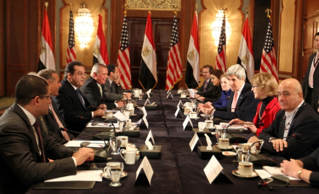 Egyptian opposition rejects Kerry's election call