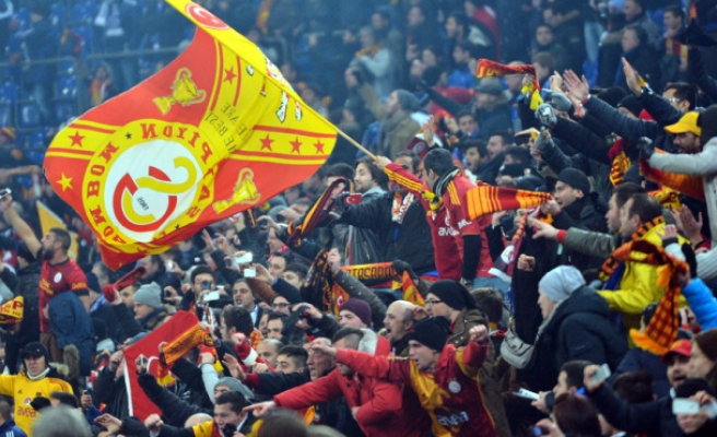 Galatasaray reach the quarter-finals of Champions League