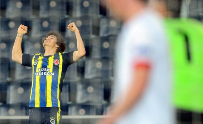 Fenerbahce advanced to quarter finals in UEFA