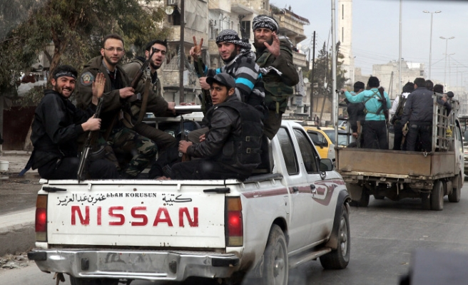 UN peacekeepers freed by Syrian captors