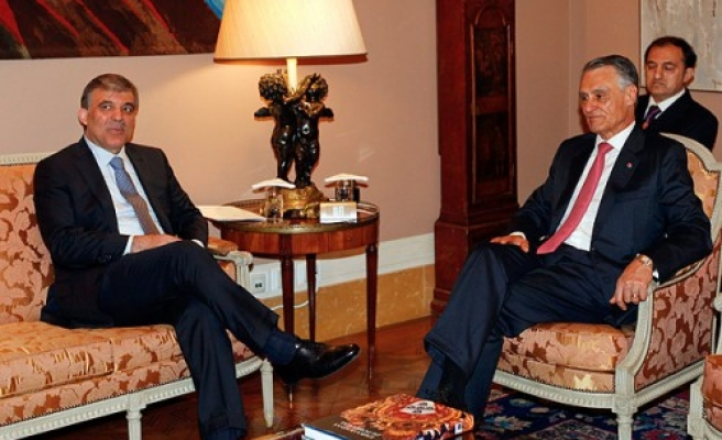 Turkish president meets Portuguese counterpart