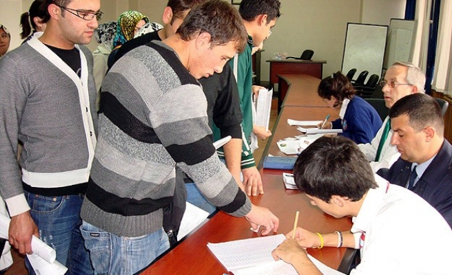 Turkey's unemployment rate down in Oct. 2014