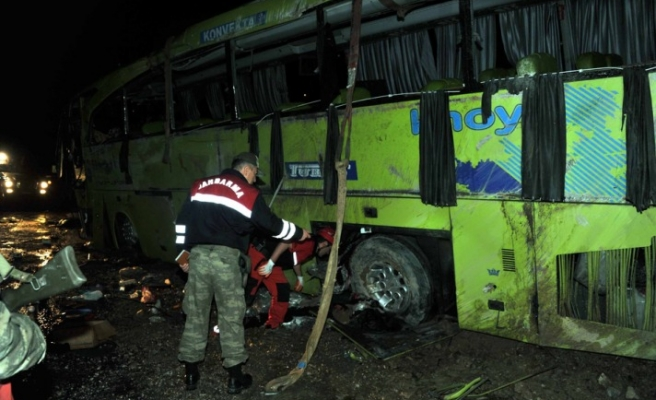 At least six killed in Iran-bound bus crash