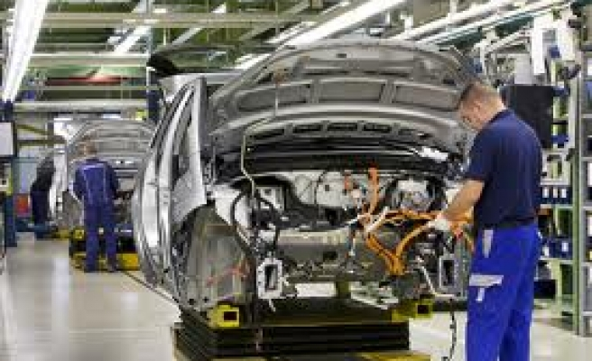 Automotive industry records development in July