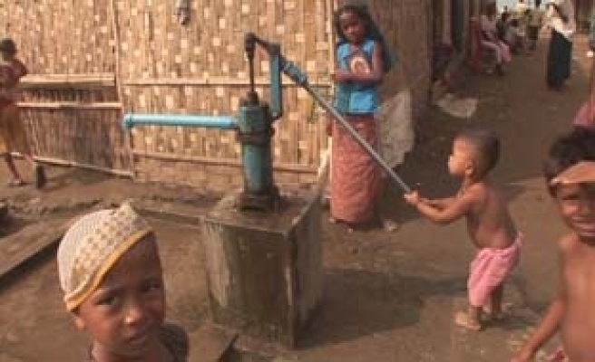 Muslims in Myanmar camps face monsoon threat