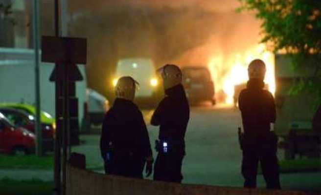 Riots in largely immigrant suburb shake Sweden- PHOTO