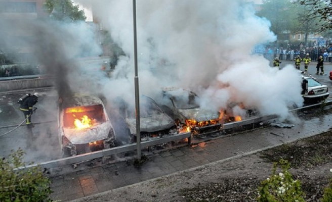 Swedish police call reinforcements-UPDATED