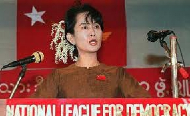 Suu Kyi condemns two-child limit on Muslims