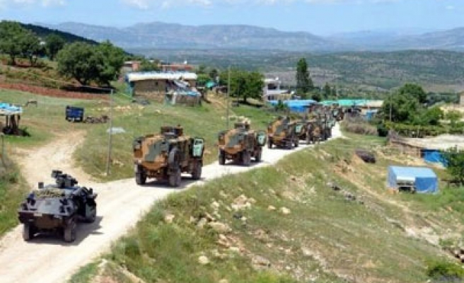 Turkish security forces, Kurds clash in southeast