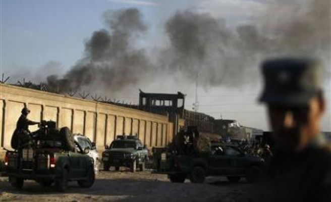 Taliban attack Afghan election commission headquarters