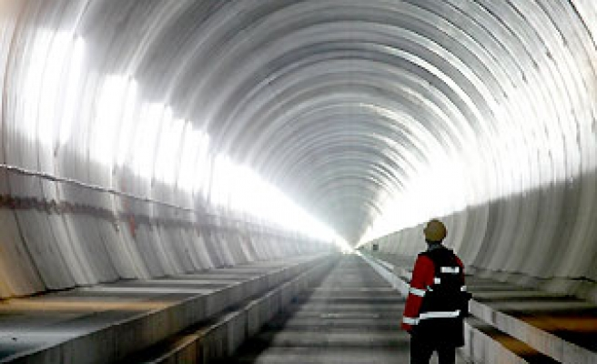 China could start work on world's longest tunnel next year